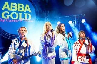 Ausflüge in die Musikgeschichte: Woodstock, ABBA und Saturday Night Fever