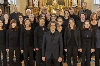"Lukas Grimms Freiburger Kammerchor interpretiert Leonard Bernsteins ""Mass"""