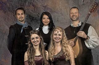 """Junge Folk-Band erzählt Geschichten mit den Liedern ihres neuen Albums """"Autum's Crown"""""""