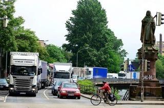 Stadt Freiburg und RP auf Kollisionskurs wegen Dieselfahrverboten auf der B31