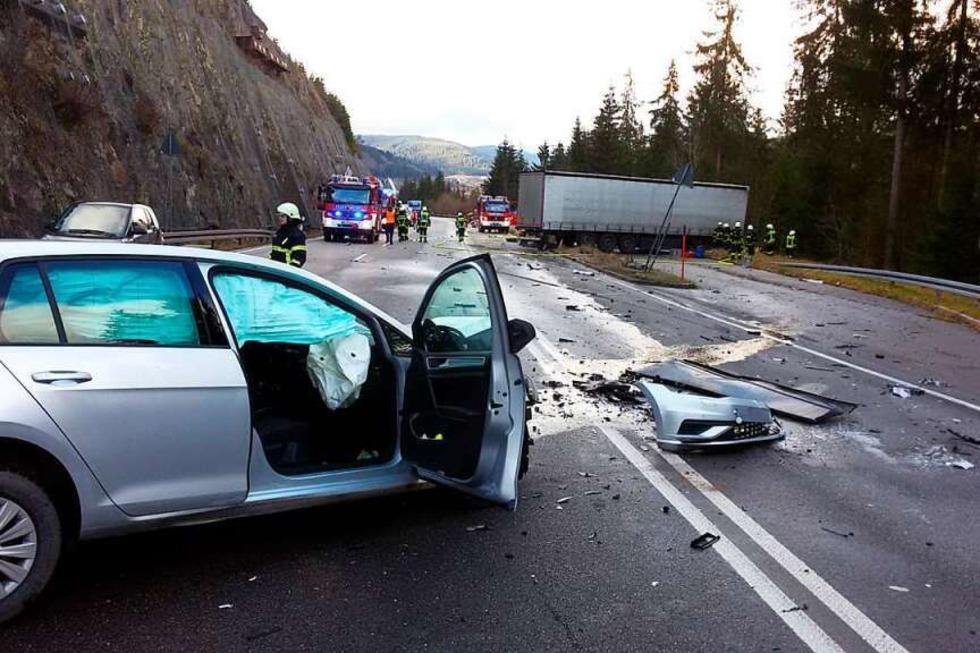 Bundesstraße B31 bei Neustadt nach Unfall wieder frei - Badische Zeitung TICKET