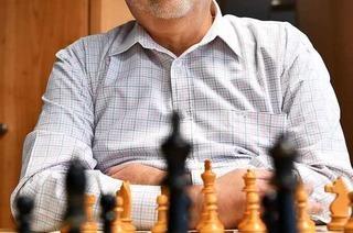 Wie ein Hobby-Schachspieler seinen Verein bis zur ersten Liga führt