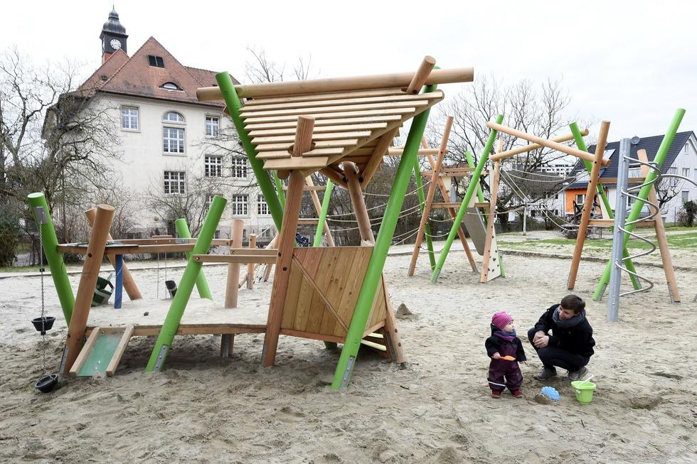 Spielplatz Emil-Gött-Schule - Freiburg