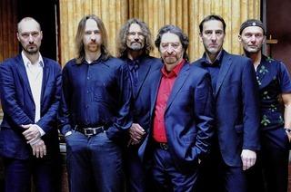Kontrastprogramm mit Zappa und Mozart