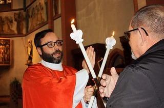 Der Heilige Blasius soll bei Halsschmerzen helfen