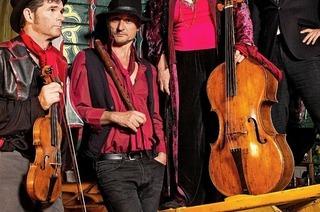 Ensemble Red Priest gibt Klosterkonzert im Festsaal des Kollegs St. Blasien