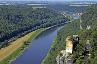 Peter Stecher, Elbpanorama - Moldau und Prag in Britzingen