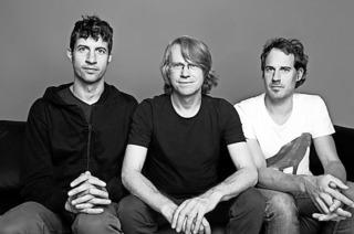 Henning Sieverts Symmethree mit Nils Wogram und Ronny Graupe im Lörracher Jazztone