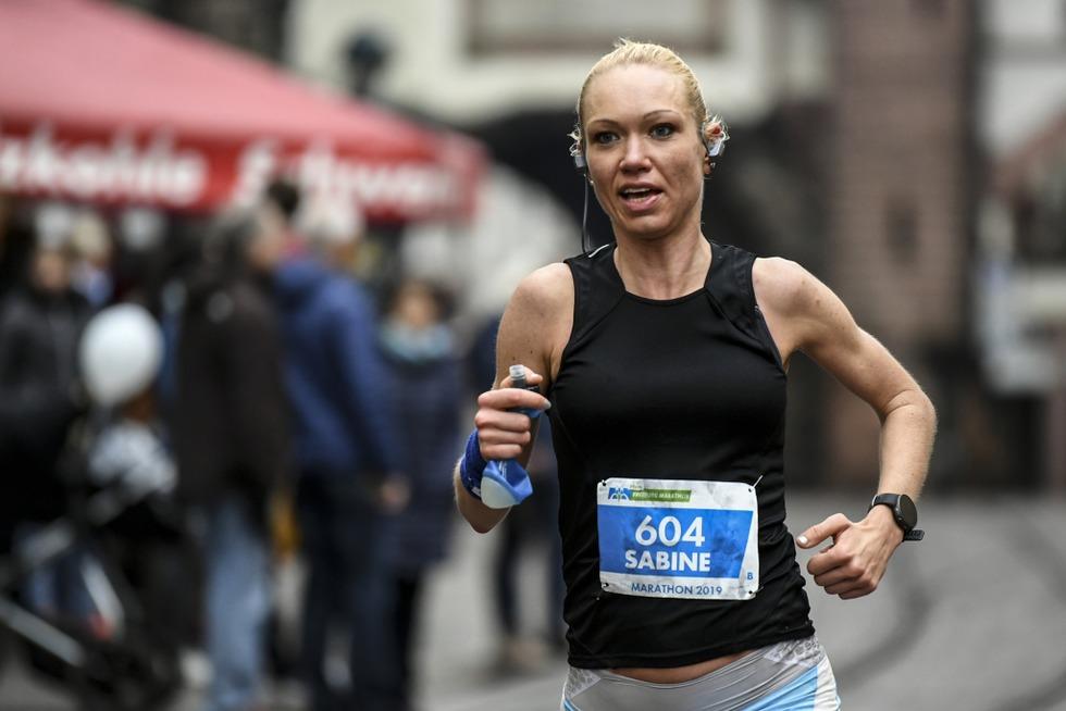 Communod und Schmey gewinnen den Freiburg-Marathon 2019 - Badische Zeitung TICKET
