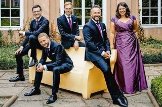 """Das Calmus Ensemble singt das Konzert """"Prayer"""" im Bad Säckinger St. Fridolinsmünster."""