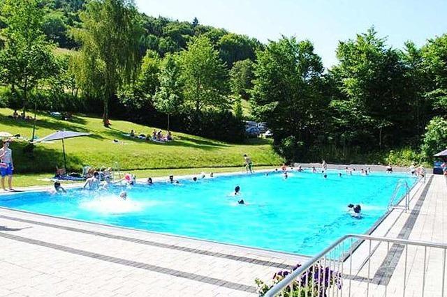 Schwimmbad Mauchen