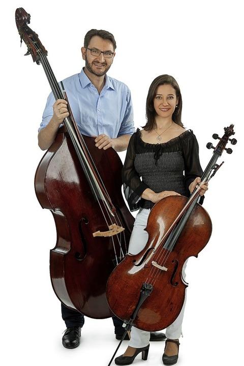 Kammermusik mit Ana Helena Surgik (Violoncello) und Bernd Schöpflin (Kontrabass) bei den Schallbacher Kulturtagen - Badische Zeitung TICKET