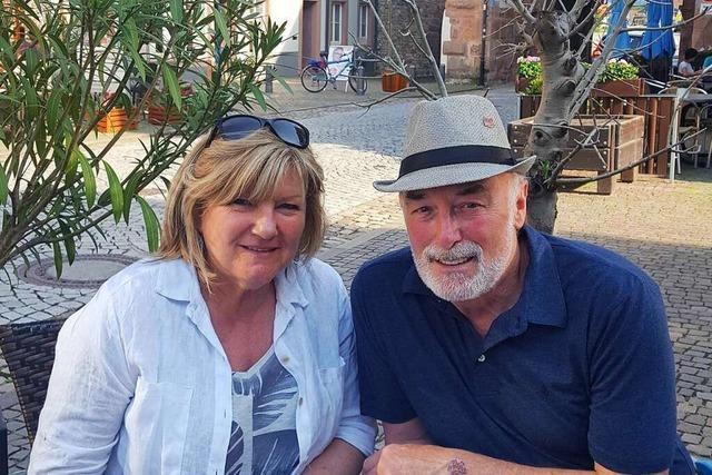 Ein deutsch-kanadisches Paar kehrt mit einem Chor nach Lahr zurück