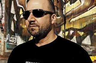 Mike Opani kommt zur Techno Night in den Hans Bunte Club