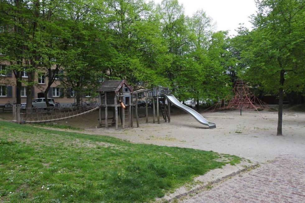 Spielplatz am Alten Wiehrebahnhof - Freiburg