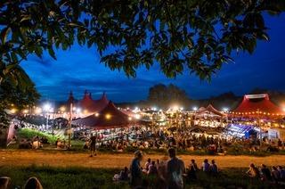 Zelt-Musik-Festivalgelände