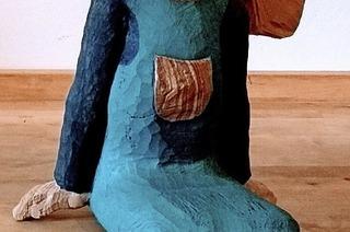 Nachdenkliches aus Holz geformt