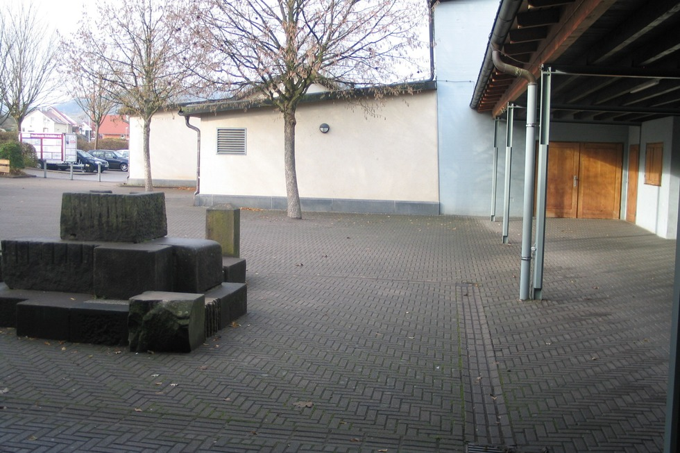 Turn- und Festhalle - Eichstetten