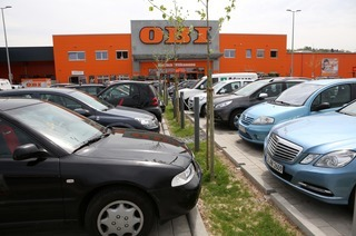 Parkplatz beim OBI-Markt
