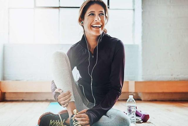 Was ist die richtige Sportbekleidung fürs Fitnessstudio?