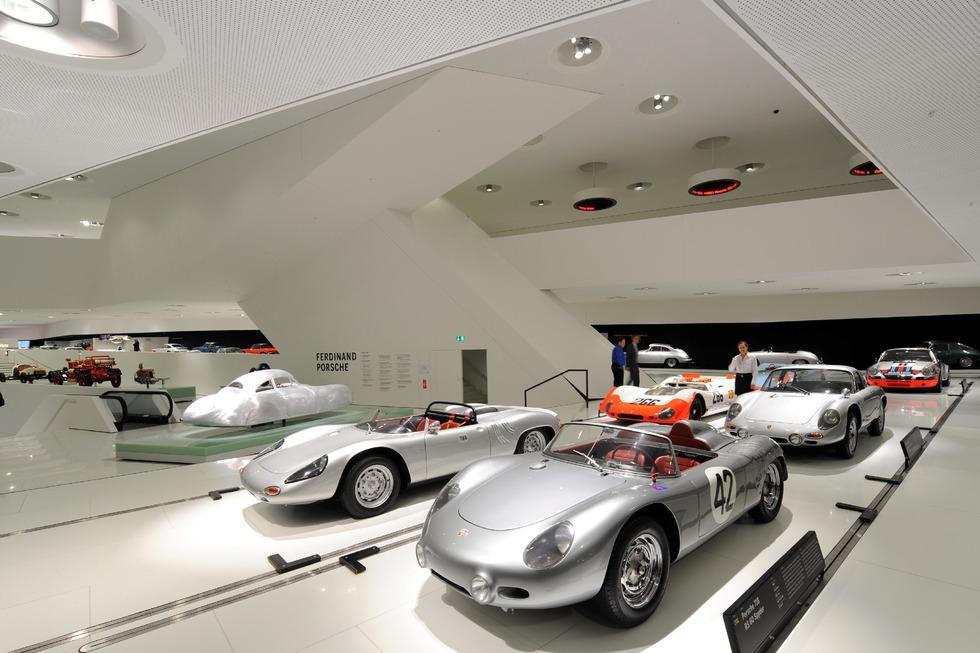 Porsche-Museum Stuttgart - Stuttgart