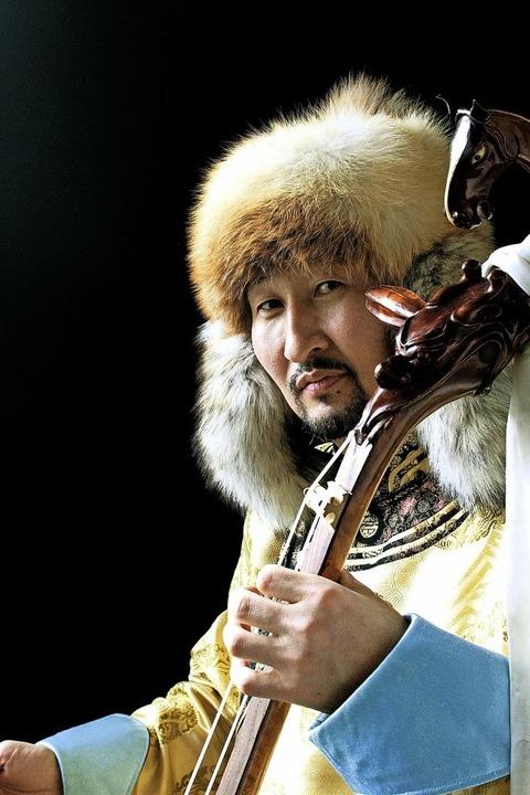 Enkhjargal bringt mongolische Musik mit westlichen Anklängen in den Salmen - Badische Zeitung TICKET