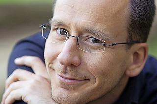 Der Organist Christian Wehrle spielt am Sonntag sein närrisches Programm