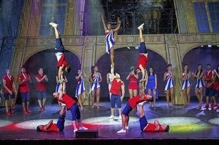 Havana Nights bringt Musik, Tanz und Akrobatik aus Kuba ins Parktheater
