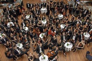 Das KHG-Orchester spielt Mendelssohn und Bruckner in der Auferstehungskirche