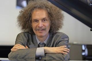 Andreas Kleis erschafft Klangwelten im Stiftsschaffneikeller