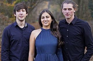Vier Bands kämpfen im Nellie Nashorn in Lörrach um die Slam-Krone