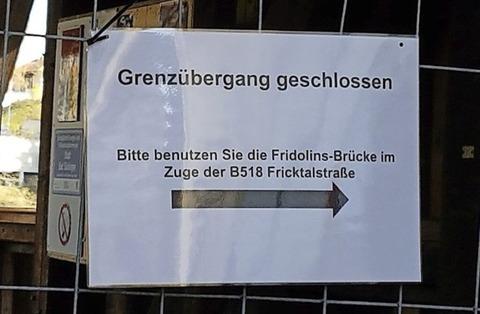 Holzbrücke ist verbarrikadiert - Badische Zeitung TICKET