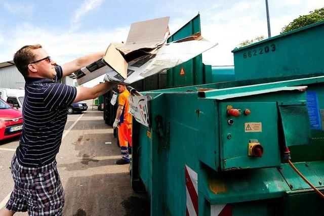 Freiburgs Recyclinghöfe werden seit der Coronakrise überrannt
