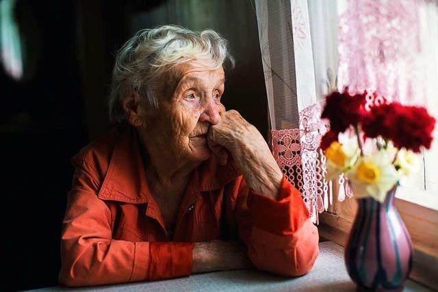 Warum reagieren viele ältere Menschen so gelassen auf das Coronavirus?