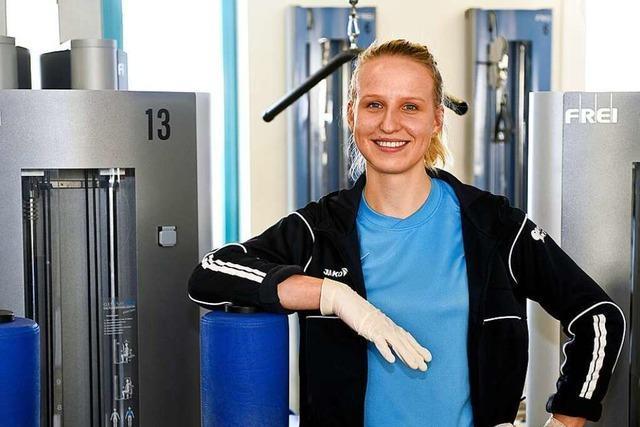 Die Freiburger Physiotherapeutin Maren Hoffmann arbeitet trotz Corona weiter