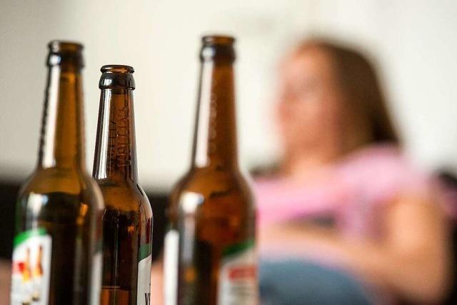 Mehr trinken in der Corona-Krise: Wie bedenklich ist das?