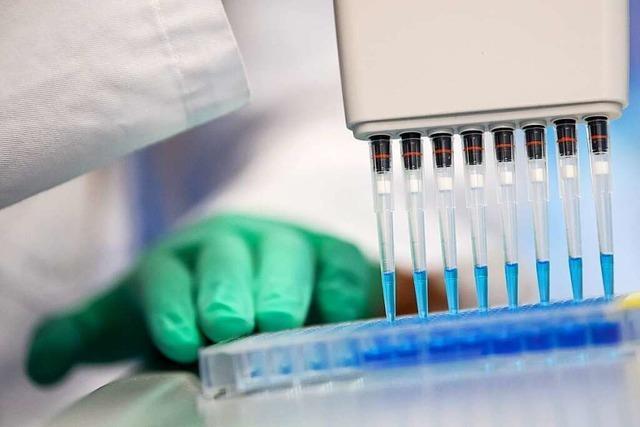 Statt auf Bluttests setzen Altenheime im Elsass nun auf PCR-Tests