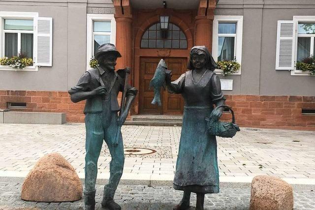 Die Fischerfrau und der Bauer sind charakteristische Figuren für das Ried