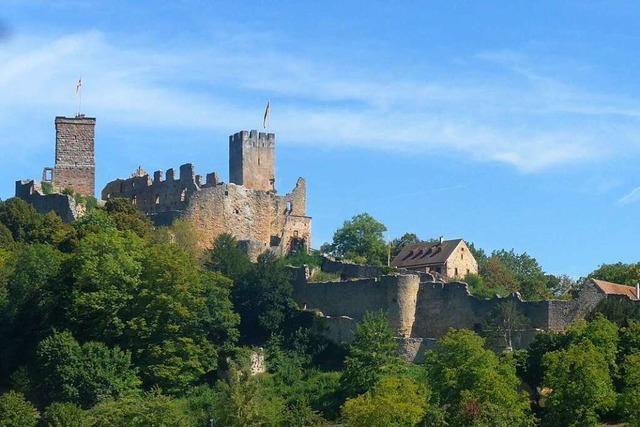 Zur Burg Rötteln wandern auch Kinder gern