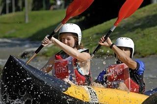 Action und Erfrischung bietet der Wildwasserkanal in Hüningen