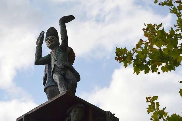 Den Rheinfelder Narren wurde im August 2000 ein Denkmal gesetzt