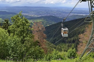 Mit Schauinslandbahn über Freiburg schweben