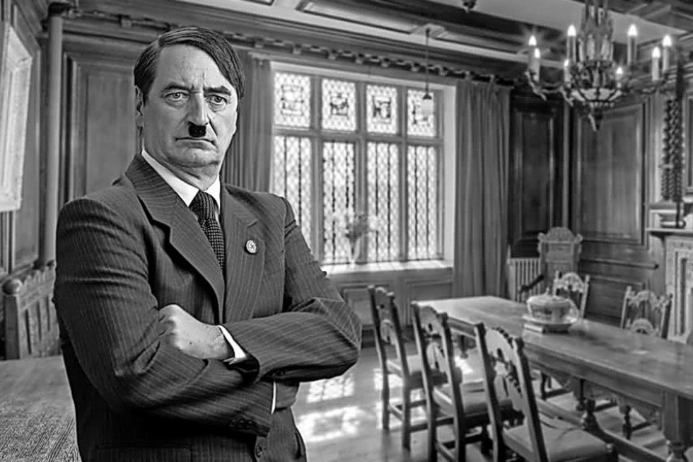 """Andreas Breiling gastiert mit """"Hitlers Tischgespräche"""" in Waldshut - Badische Zeitung TICKET"""