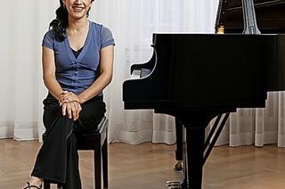 Die Pianistin Claudia Corona spielt Werke mexikanischer Komponisten in der Kumedi