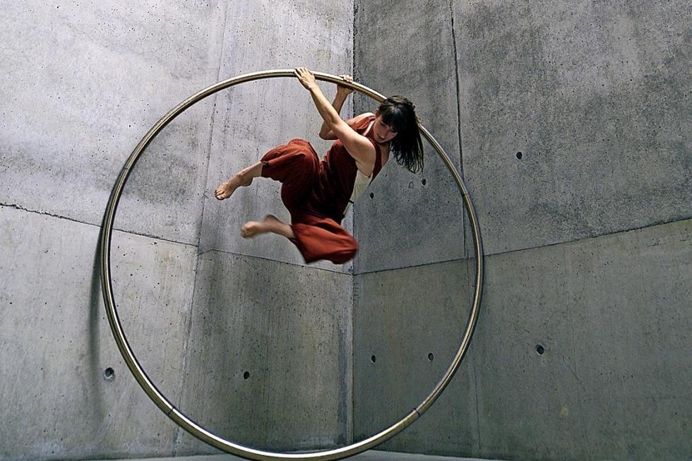 Eine Performance zwischen Akrobatik und Tanz - Badische Zeitung TICKET