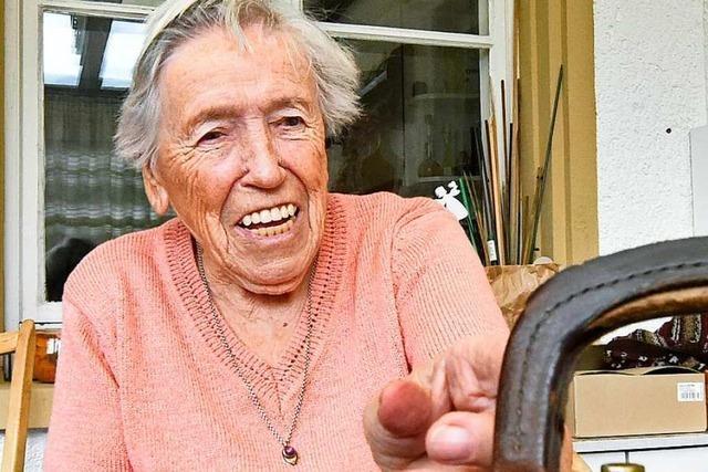 Eine 89-Jährige arbeitet seit 70 Jahren als Hebamme