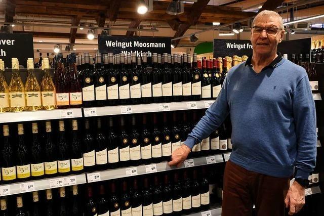 Auch Weine aus der Region kaufen Menschen meist im Supermarkt