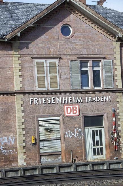 Bahnhof - Friesenheim