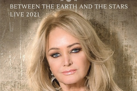 """BONNIE TYLER - BETWEEN THE EARTH & THE STARS Live 2022 - Special Guest """"More Than Words"""" - Oranienburg - 31.07.2022 18:00"""