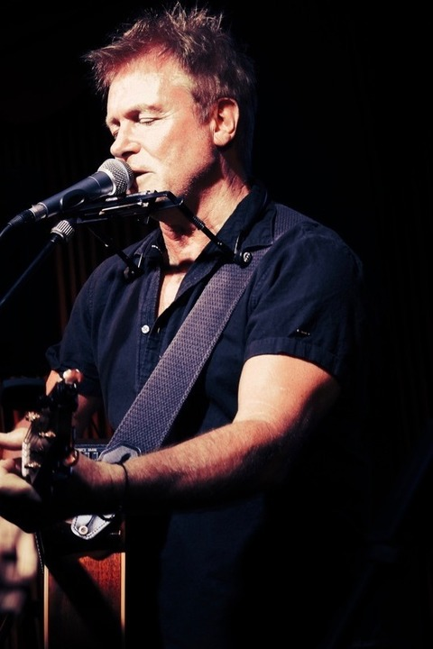 Mike Toole - A Singer-Songwriter Christmas - Hannover - 03.12.2021 20:00